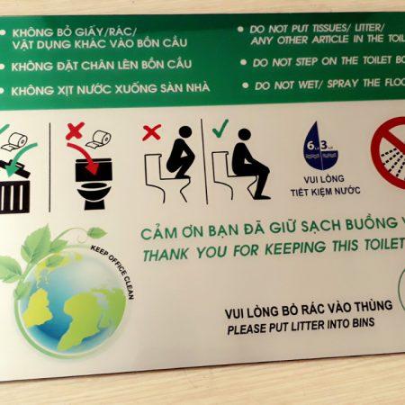 Biển chú ý Không bỏ rác vào bồn cầu