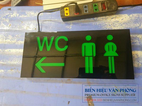 Biển báo hộp đèn 1 mặt nhà vệ sinh