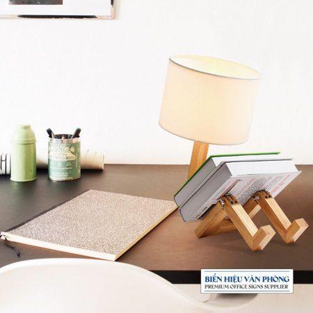 Đèn ngủ thiết kế sáng tạo bằng gỗ